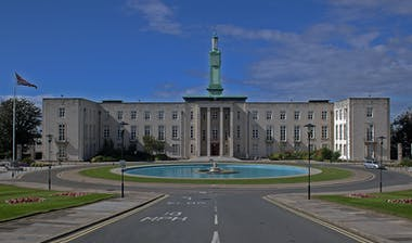 Walthamstow Town Hall geograph 3019393